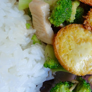 Stir Fried Broccoli and Chicken with Egg Tofu