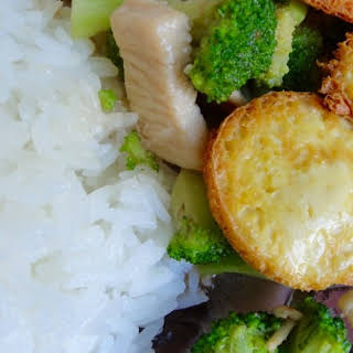 Stir Fried Broccoli and Chicken with Egg Tofu.