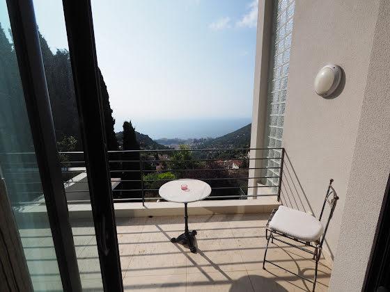 Location villa 6 pièces 350 m2