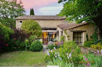 maison à Auribeau (84)
