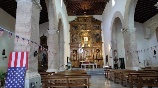 """""""Un cura en el Oeste"""": el Almería Western Film Festival revoluciona la iglesia"""