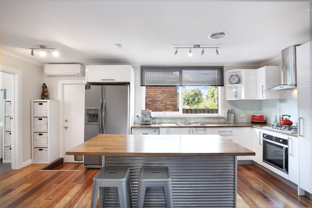 Main photo of property at 1/340 Warrigal Road, Oakleigh South 3167