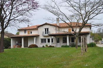 maison à Asnières-en-Poitou (79)