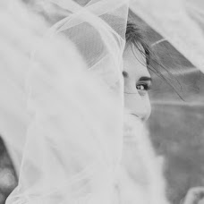 Wedding photographer Anastasiya Petropavlovskaya (panni). Photo of 11.12.2015