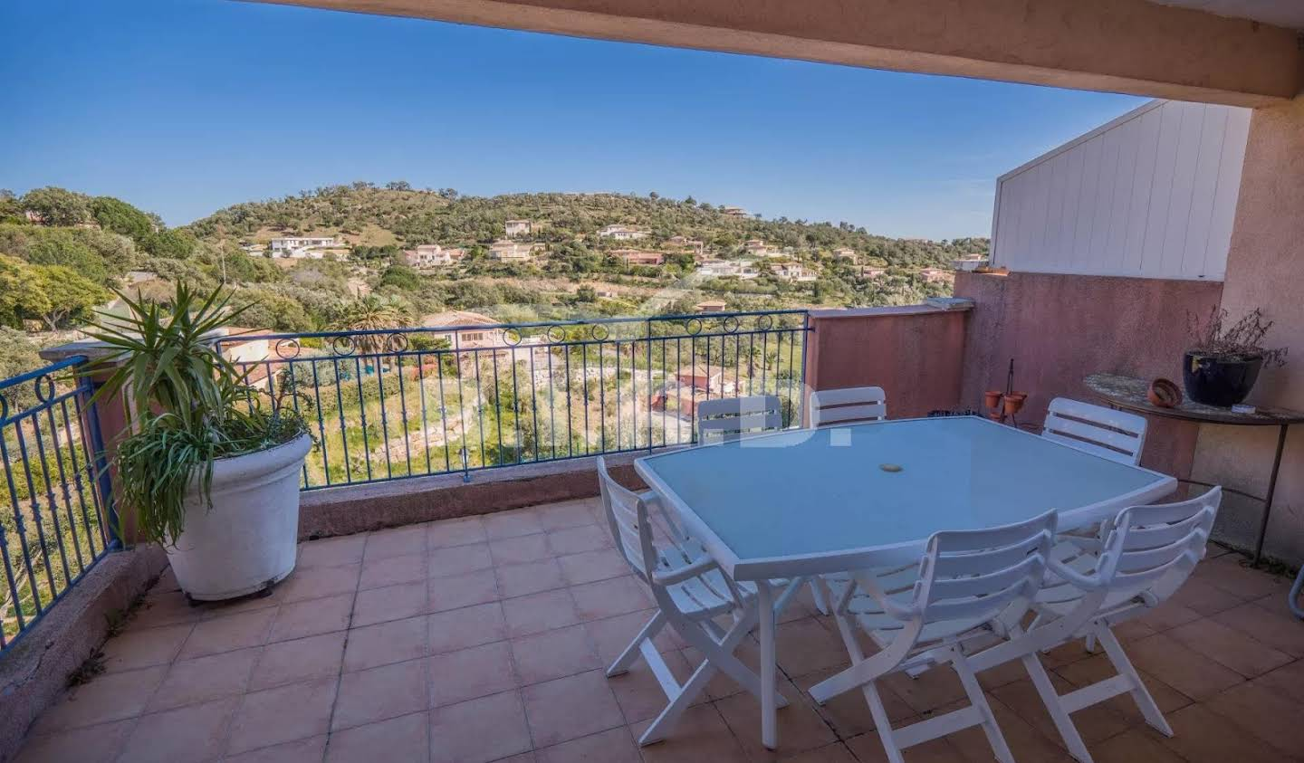 Apartment with terrace and pool Sainte-Maxime