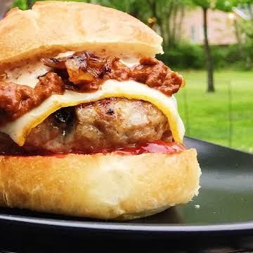 """The """"Beautiful Mess"""" Brat Burger"""