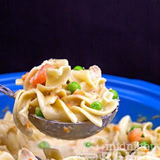 Slow Cooker Extra Creamy Chicken & Noodles Recipe