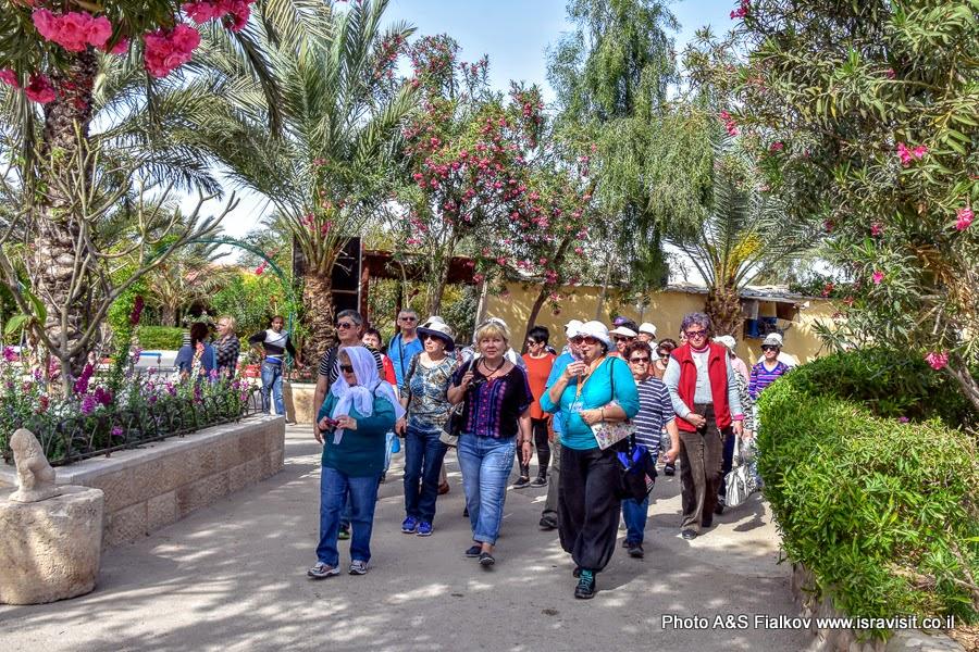 Экскурсия в монастыре Герасима Иорданского в Иудейской пустыне. Гид в Израиле Светлана Фиалкова.