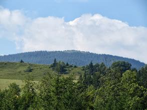 Photo: 02.Połonina Kostrzyca (Костшица, 1586 m) widoczna na drugim planie.
