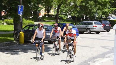 Photo: Mittag in Vyssi, fast 90 km sind gefahren.