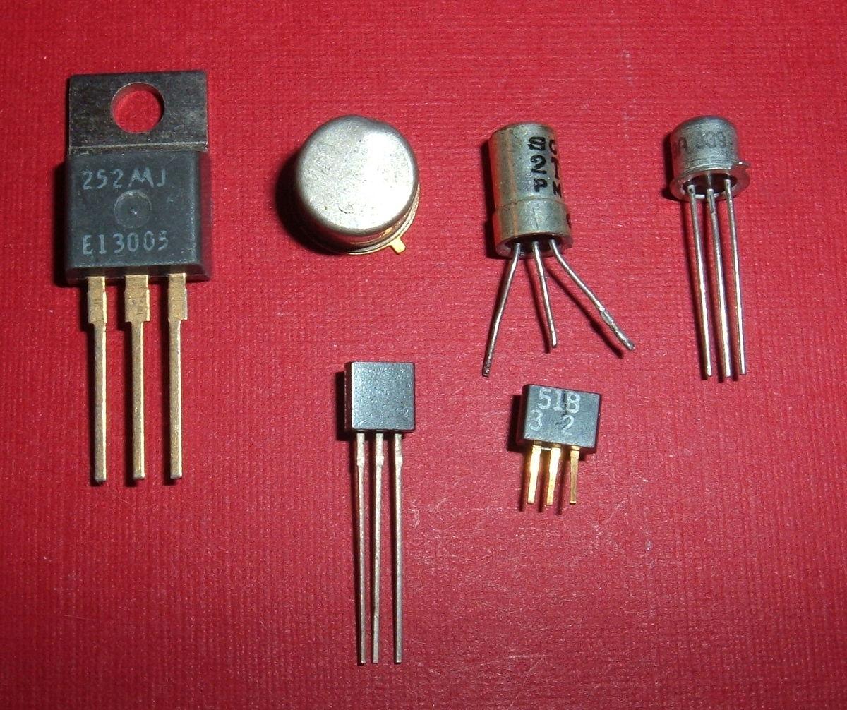 Định nghĩa bóng bán dẫn Transistor là gì?