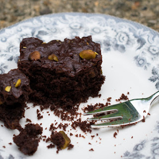 Olive Oil & Pistachio Brownies With Reduced Sugar.
