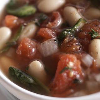 Skinny Tuscan White Bean Soup