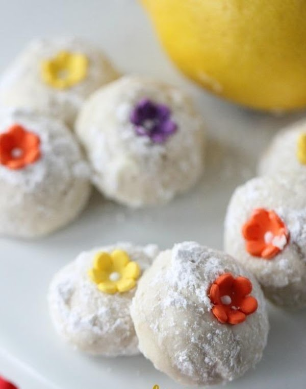 Lemon Russian Tea Cakes Recipe