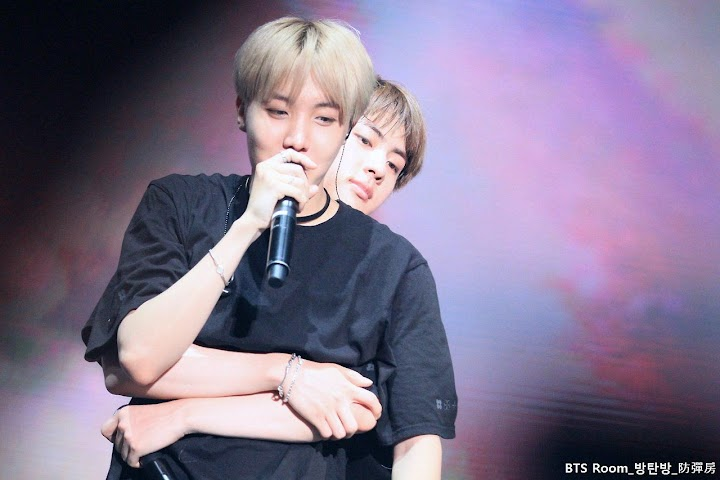 Jin Surprised J-Hope When He Unexpectedly Did This - Koreaboo