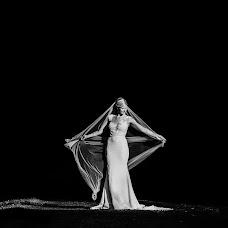 Wedding photographer Aaron Storry (aaron). Photo of 01.01.2019