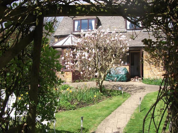Folly Farm Cottage