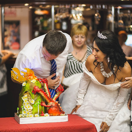 Wedding photographer Anna Donskova (livemoments). Photo of 17.01.2018