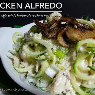 Creamy Chicken Alfredo Zoodles with Mushrooms – Low Carb Keto Ease!.
