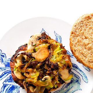 Clean Eating Apple Turkey Burger