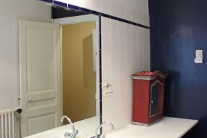 Bathroom at 3 bedroom Apartment with Luxembourg Garden View