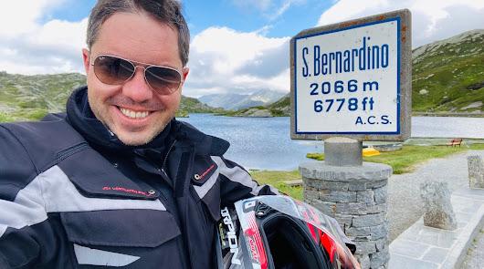 El motorista almeriense que recorre Europa con su moto en plena ola de rebrotes