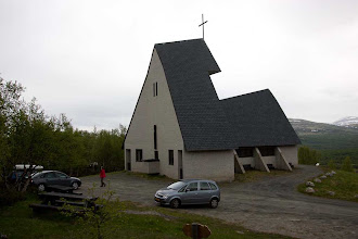Photo: Eysteinkyrkja på Dovre