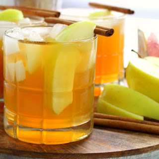 Whiskey Apple Cider Cocktail.