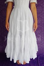 Photo: Petticoat vitoriano ( para bustle ou sem armação) em algodão. R$ 220,00.