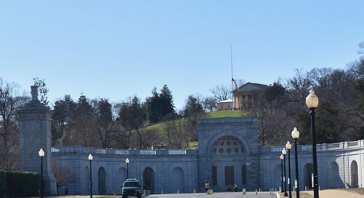 Approach to Arlington Cemetery