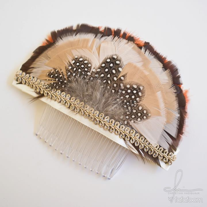 Feather Hair Comb - DIY Fashion Accessories | fafafoom.com