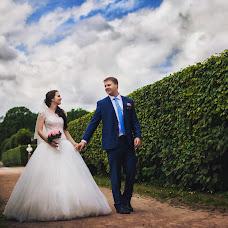 Wedding photographer Tori Tolkacheva (Elina121). Photo of 14.01.2015