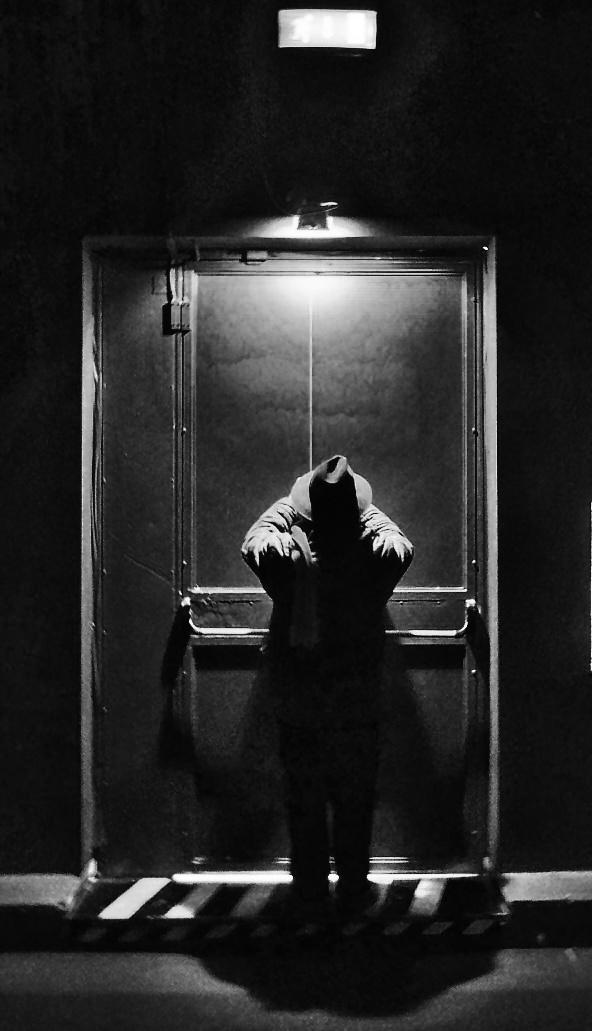L'uomo nero. di serendipity4