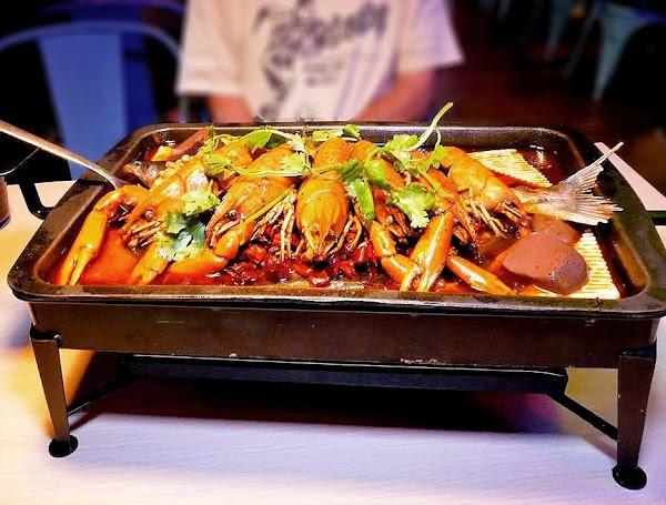 | 食記 | 水貨三重店-重慶烤魚,麻力小龍蝦~一爐兩吃搭配組合!