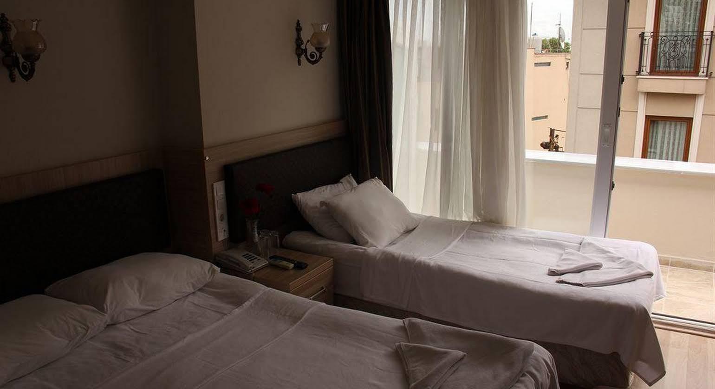 Bonjour Hotel