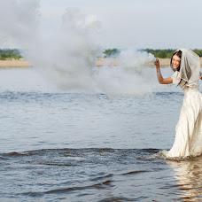 Wedding photographer Viktor Novikov (novik). Photo of 19.07.2016