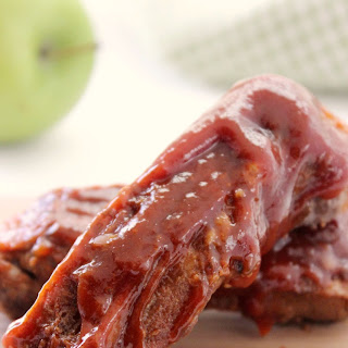 Applesauce BBQ Slow Cooker Spareribs