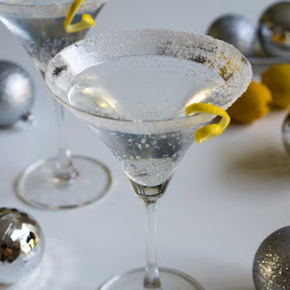 Sparkling Lemon Drop Cocktail.