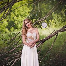 Wedding photographer Olga Shmeleva (ShOlga). Photo of 19.04.2016