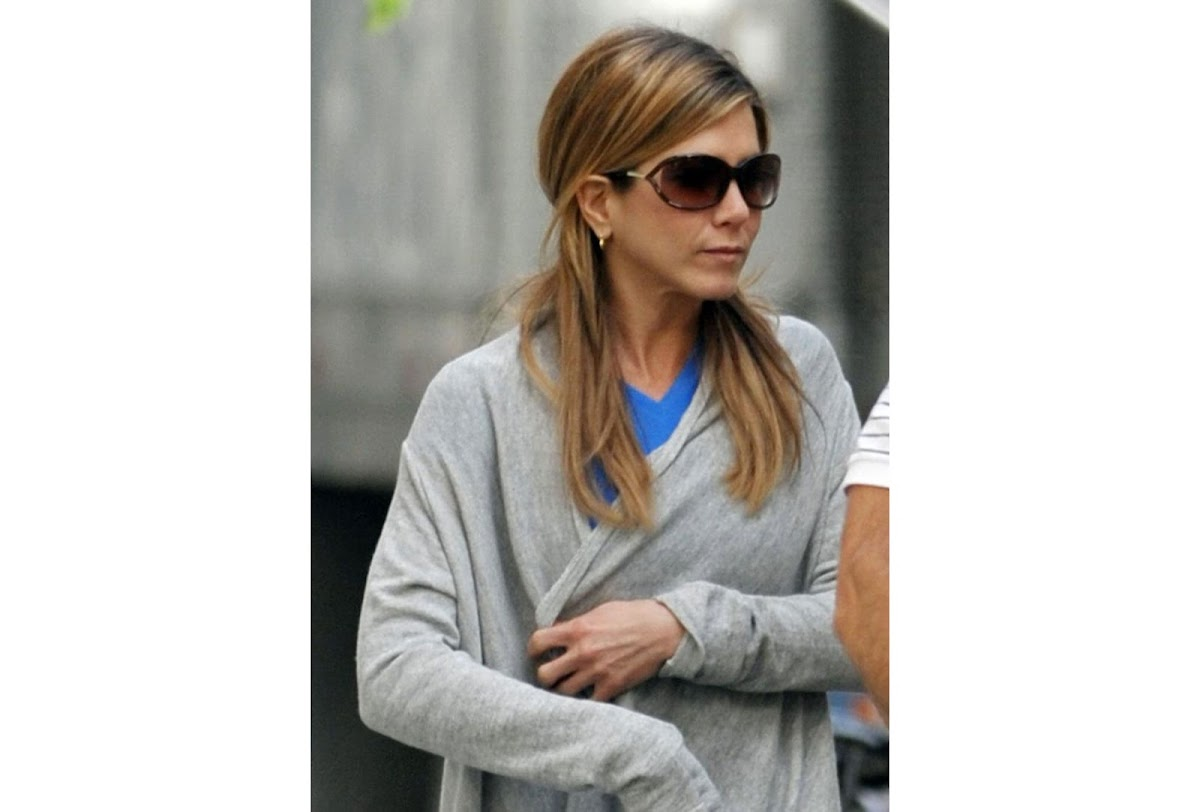 0c50bab33801 Polarized Sunglasses Tom Ford Jennifer FT0008 C61 48H (shiny dark brown    brown polarized)