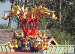 Photo: A little better look at the new topper for the Dumbo Spinners.