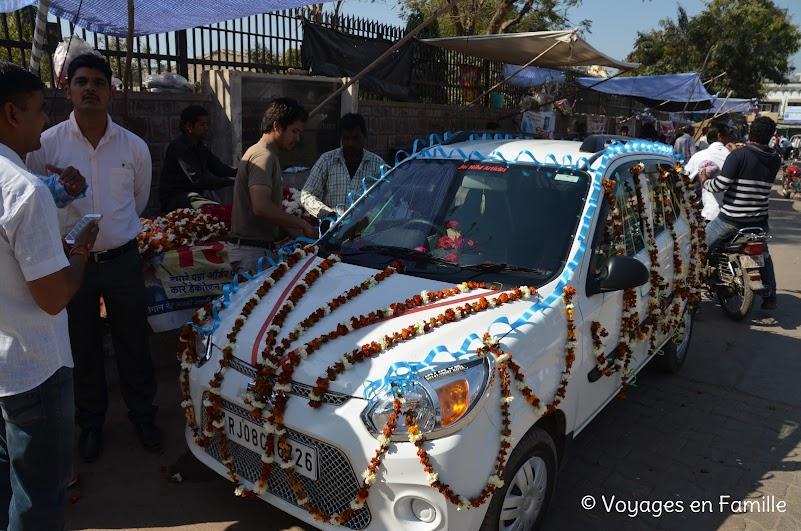 Bundi, voiture décorée pour le mariage