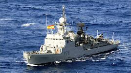El patrullero de la Armada recala en Almería.