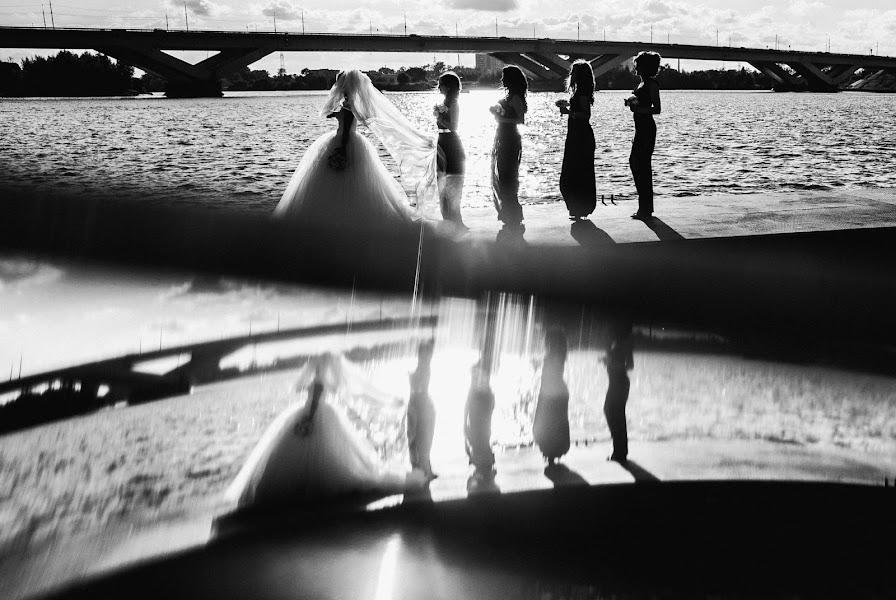 Wedding photographer Artem Vindrievskiy (vindrievsky). Photo of 03.10.2016