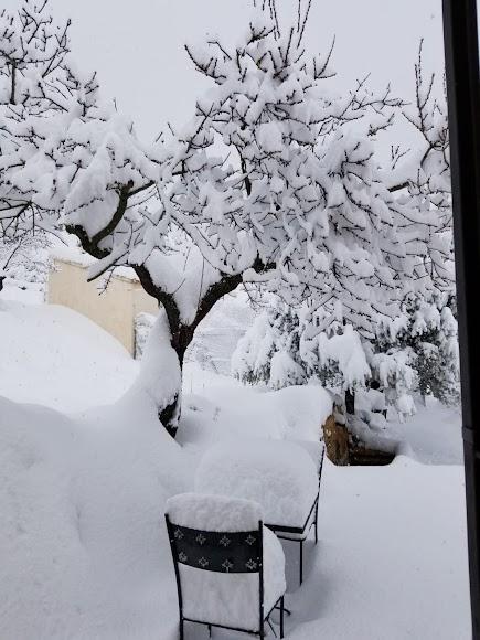 Gran nevada la caída este martes en María. /Fotos: Lola Maestre