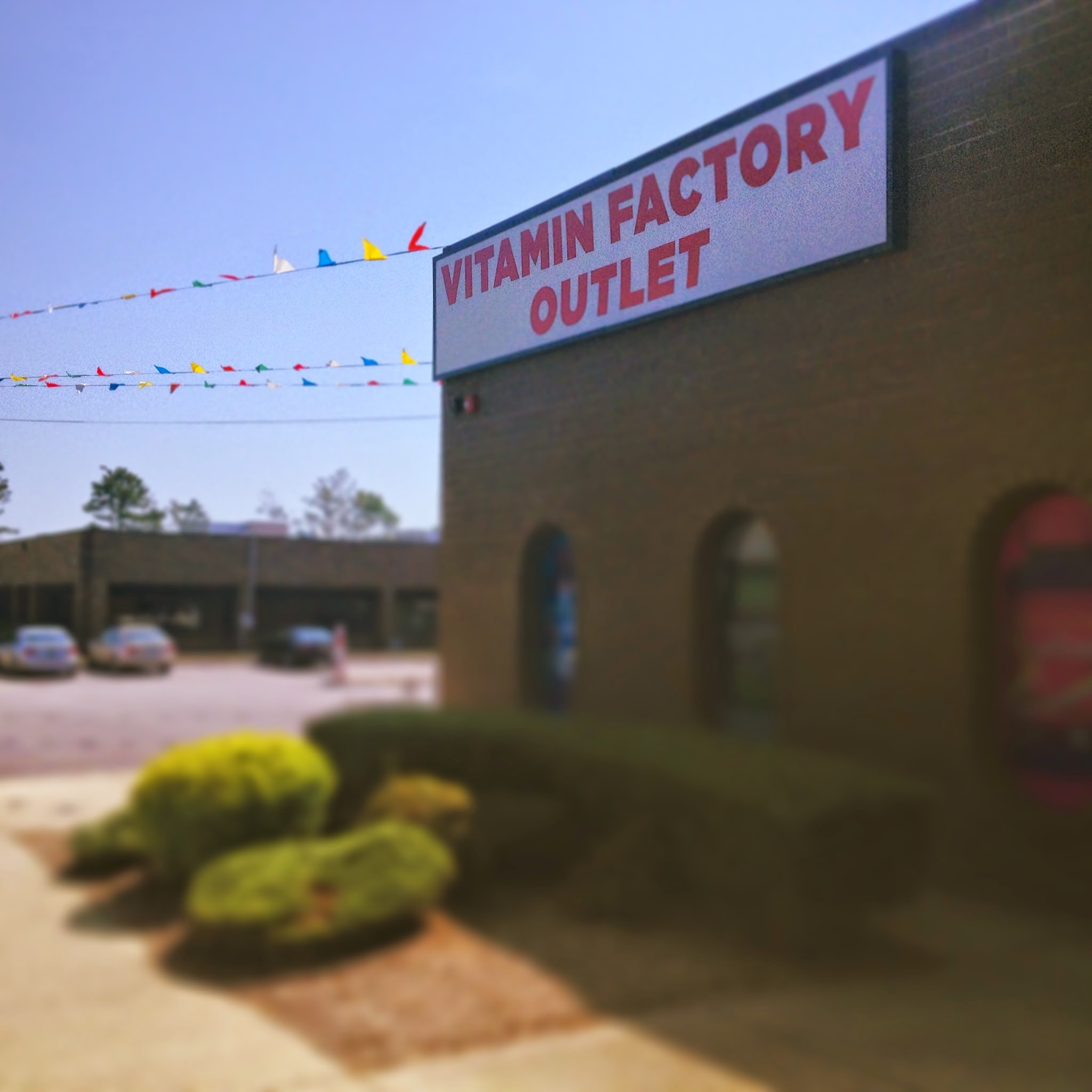 Photo: Hey, Long Island friends! Have you made it to our Vitamin Factory Outlet yet? What did you think??  Come visit us at: 2120 Smithtown Avenue Ronkonkoma, NY 11779  #pipingrock #ronkonkoma #longisland #vitaminoutlet