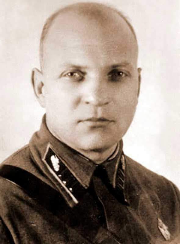 Лизюков А.И., зам.командующего 20А