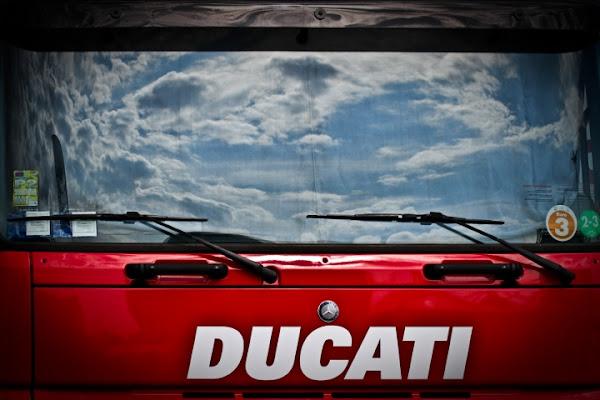 Il cielo in un... camion di Bellaventu