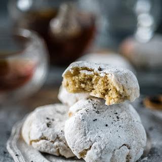 Earl Grey Ricciarelli Cookies