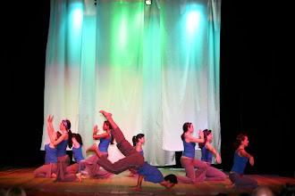 Photo: Apresentação da Turma de Yoga com o professor Alderley